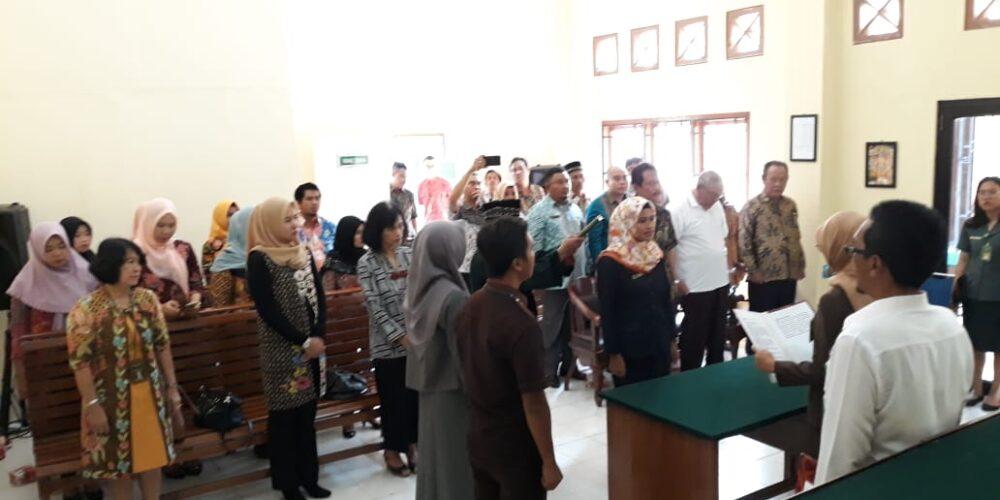 Pengambilan Sumpah Jabatan Dan Pelantikan Kasubbag Perencanaan, Teknologi Informasi Dan Pelaporan PN Koba