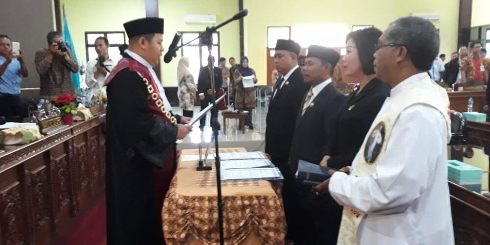 Pelantikan Dan Pengambilan Sumpah Jabatan Pimpinan DPRD Bangka Tengah